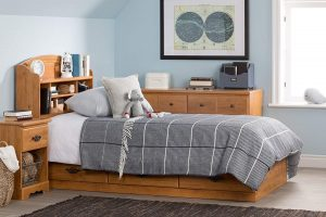 South Shore Prairie Collection Captain's Bed with 3 Drawers - Pine